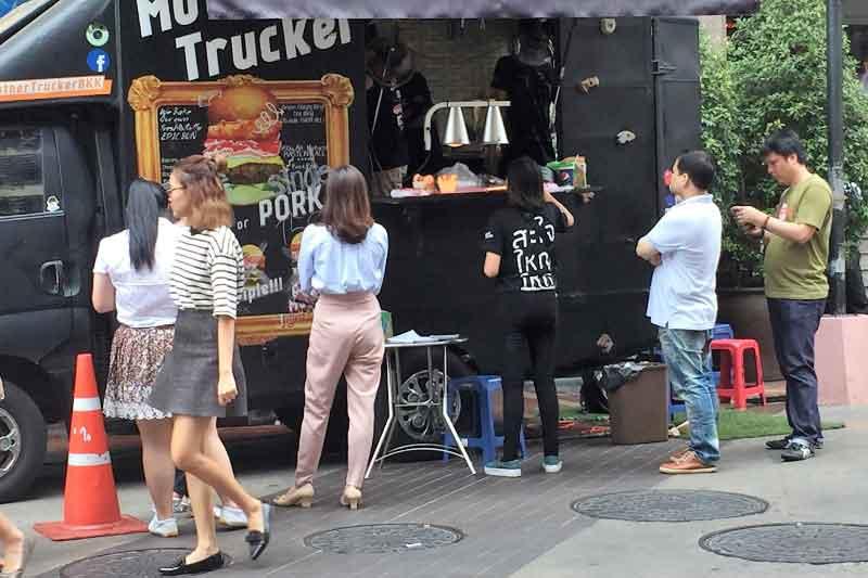 バンコクで店舗物件を選ぶ注意点6 店舗からのお客争奪や家賃吊りあげ工作に注意