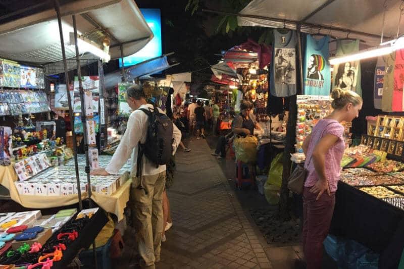 タイで店舗物件を選ぶ注意点2 歩行者天国の渋滞で借りている物件に行けない!?