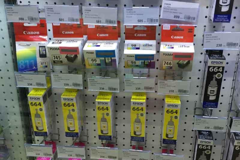 バンコク・シーロムでプリンターのインクを販売している場所はどこか?