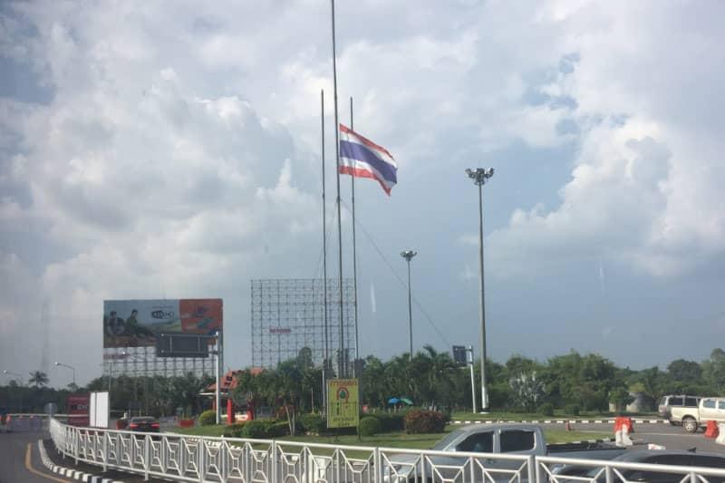 タイラオス国境出入国最新情報と影響・ウドンタニやコラート治安様子