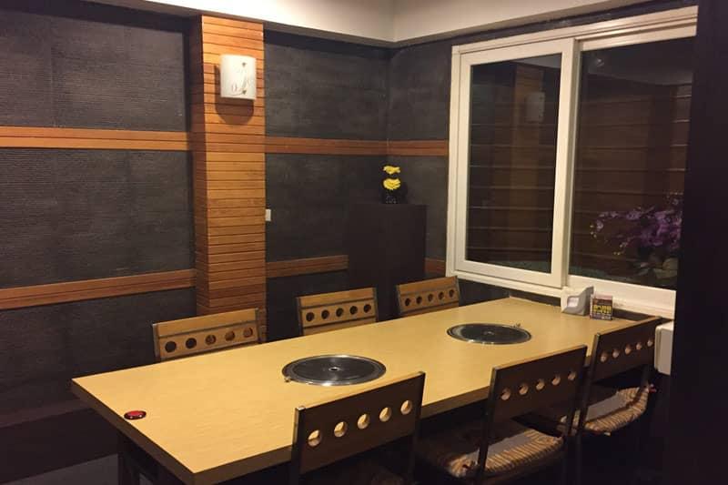 2Fの小個室。