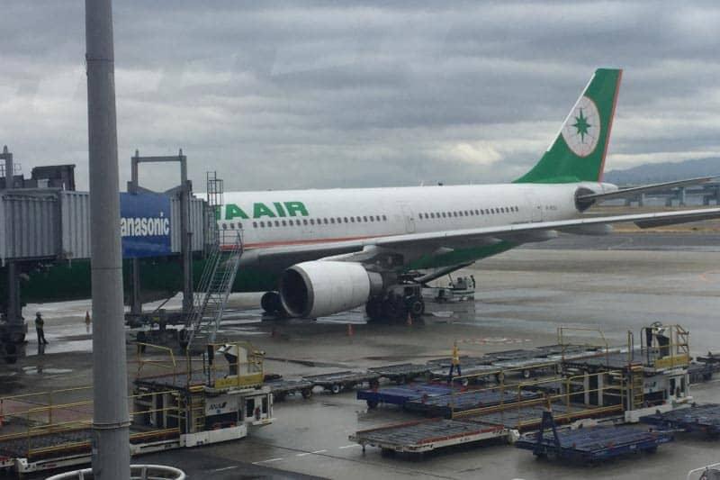 タイ格安チケットのエバー航空・桃園国際空港で乗り継ぎバンコクに!