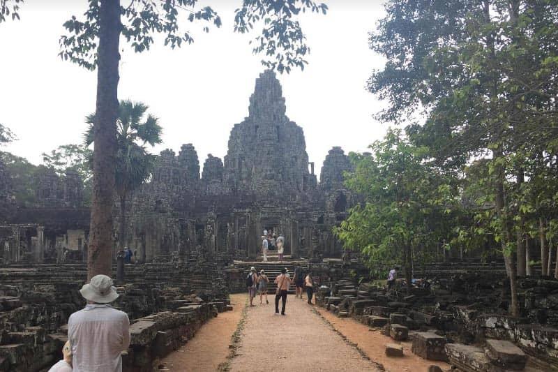 タイ→シェムリアップ・ビザランも便利カンボジア観光ビザと物価情報