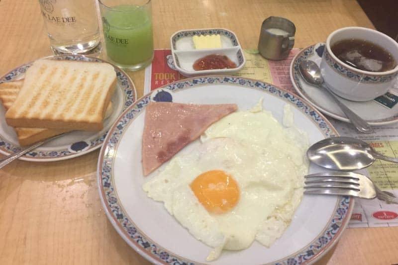 パッポン深夜営業食堂「TOOK LAE DEE」は日本でいう24時間ファミレス
