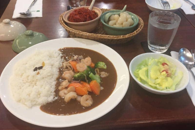 カレー専門店「青りんご」タニヤプラザ店・タイ人にも人気の日本の味