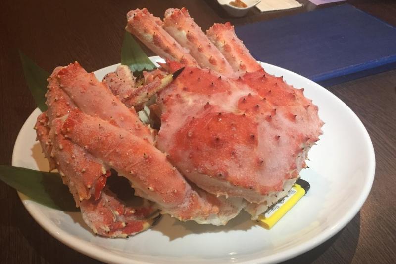 タニヤ近く「レストラン北海道」特大カニ・ふぐ・寿司…TVも出た高級店