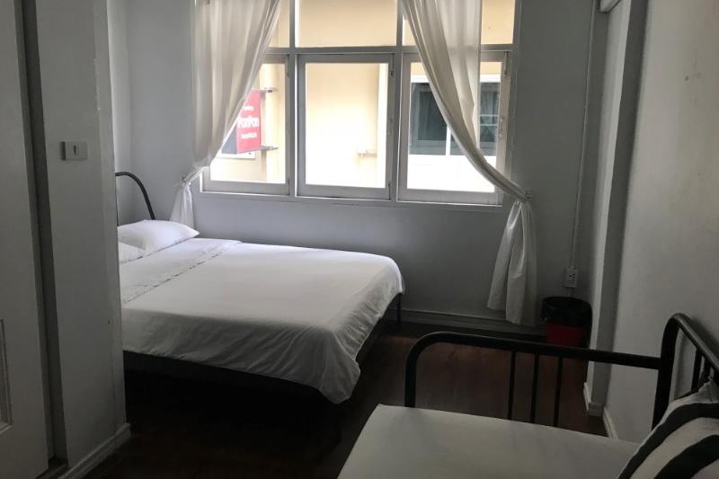 バンコクシーロムでホステルのオーナーに!維持費も安いホテル売却情報