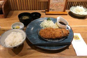 バンコク・タニヤ通り「築地寿司」平日ランチは格安でお得!料金と感想