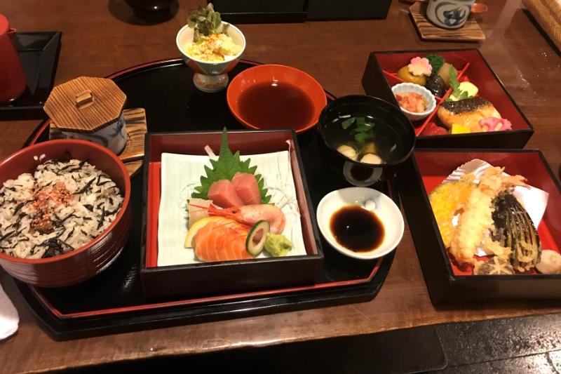 バンコク本格和食「葵」接待や会合に使える高級店のランチを味わう