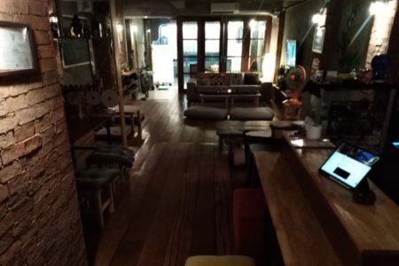 バンコクのトンロー・エカマイエリアのおしゃれなBar居ぬき店舗物件